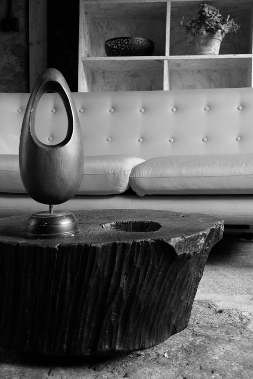 riccardomonte design table